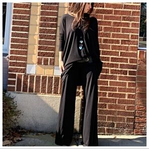 Pants - Black wide leg jersey knit palazzo pants